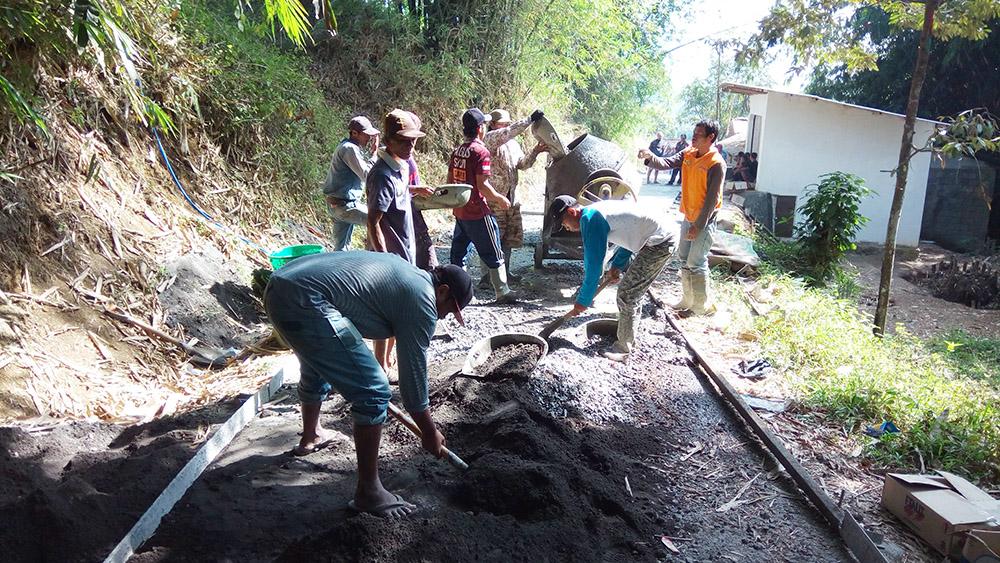 Pembangunan Jalan Desa dari P3K