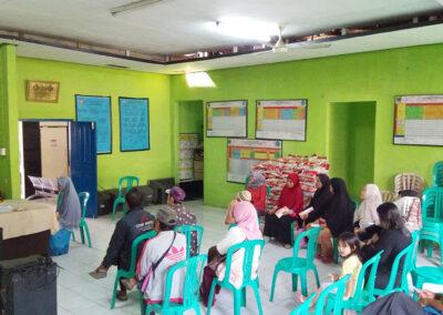 Penyaluran Bantuan Pangan Non Tunai (BPNT) Kedua di Desa Parungkuda