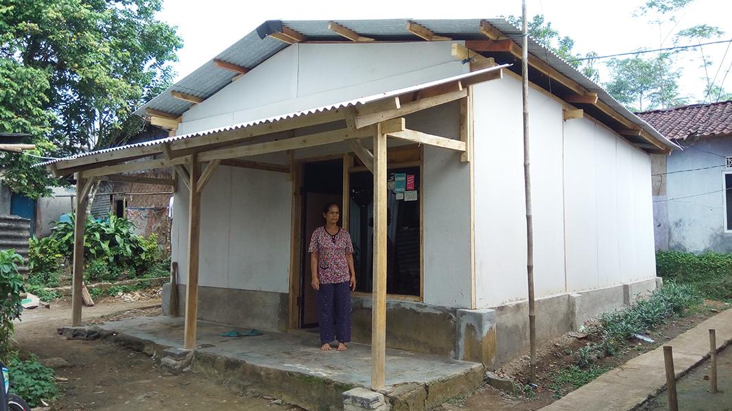 Perbaikan Rumah Sehat untuk Fakir Miskin di RW 06
